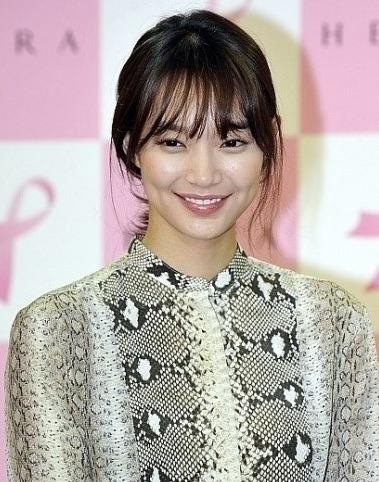 korean kdrama actress shin minah see through bangs wispy bang hairstyles for women kpopstuff