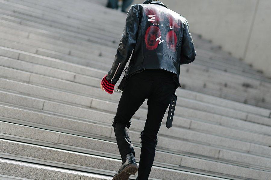 kpop idol models fall seoul fashion week street style casual leather kpopstuff