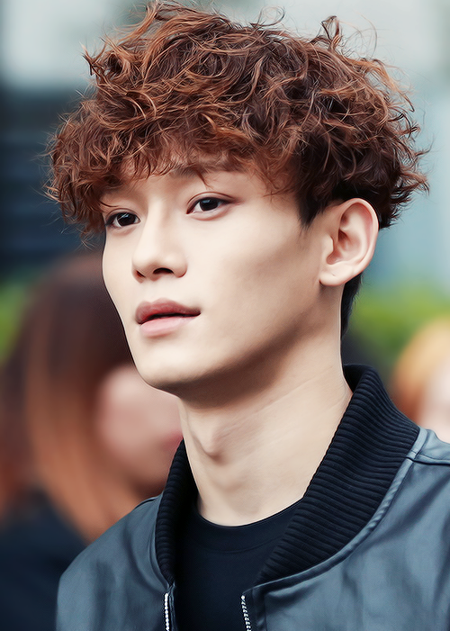 korean singer kpop idol boy band group EXO Exo-m chen ramen hair curly crimped hairstyles for ...