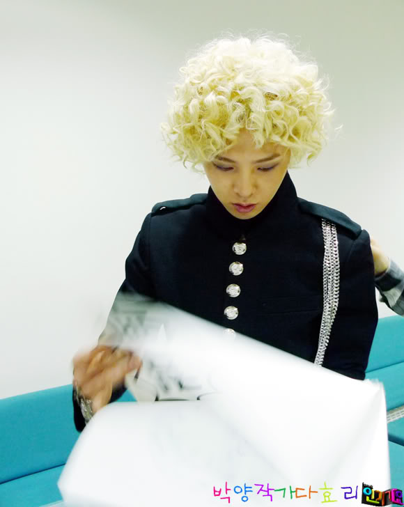 korean kpop idol boy band group big bang gdragon GD GDragon ramen hair curly hairstyles for guys kpopstuff
