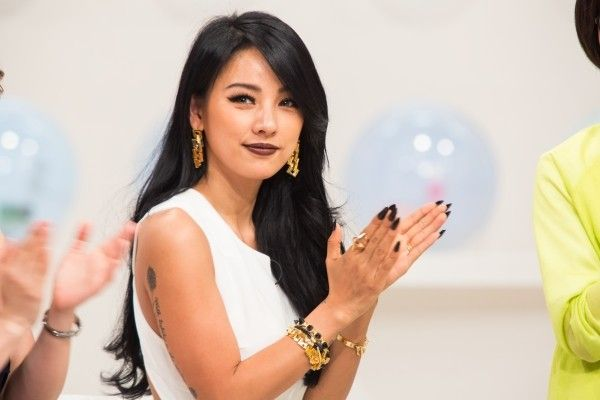 kpop korean female singer lee hyori jet black hair hairstyles for girls kpopstuff