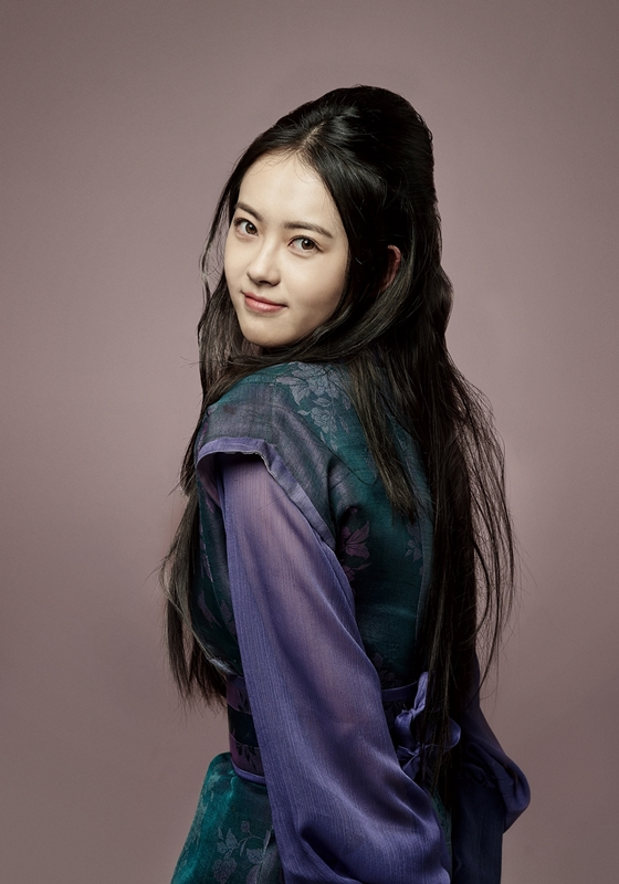 Go Ara S Hairstyles Kpop Korean Hair And Style