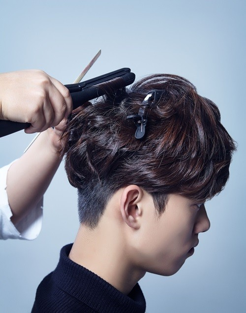 korea-korean-drama-kdrama-legend-of-the-blue-sea-actor-lee-min-ho-hair-tutorial-hairstyles-for-guys-kpopstuff-step-3