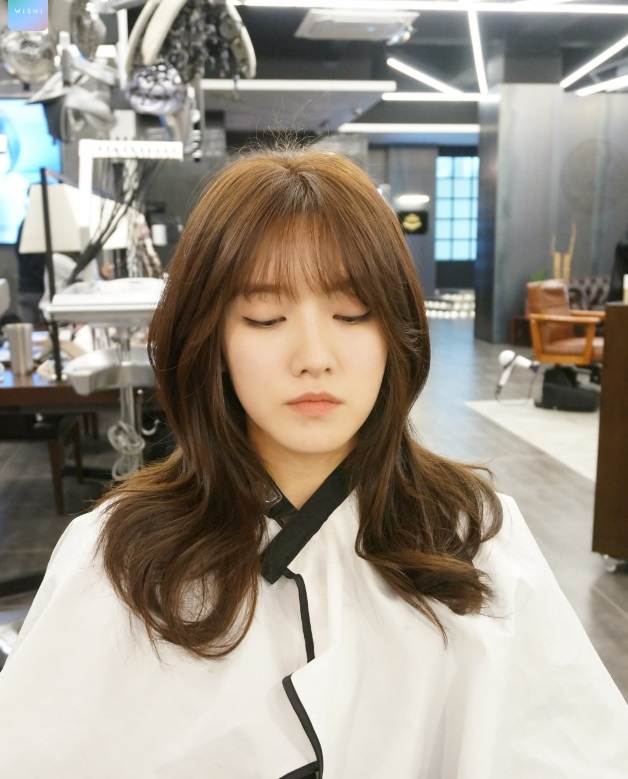 korea korean girls women kpop idol kdrama layered wavy hair hairstyles for girl kpopstuff - Kpop ...