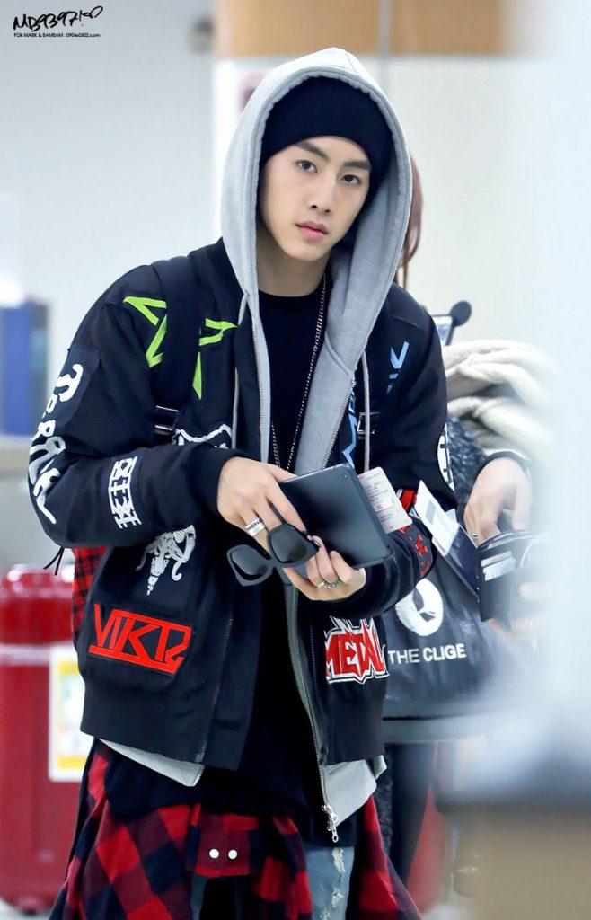 korea korean kpop idol boy band group got7 GOT7 Mark's airport fashion casual streetwear sporty outfits for guys kpopstuff