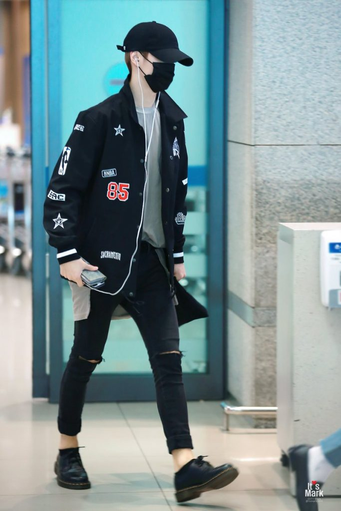 Got7 Mark 39 S Airport Fashion Kpop Korean Hair And Style