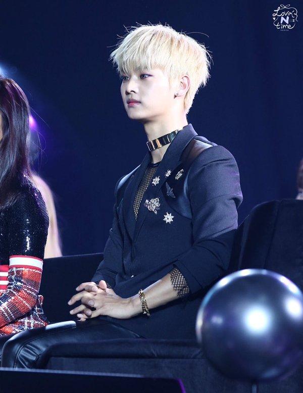 korea korean kpop idol boy band group vixx choker fashion chained up n silver metallic chokers for guys kpopstuff