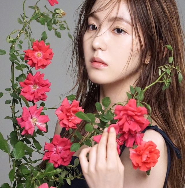 RED VELVET IRENE39S TWOTONE HAIR  Kpop Korean Hair And Style