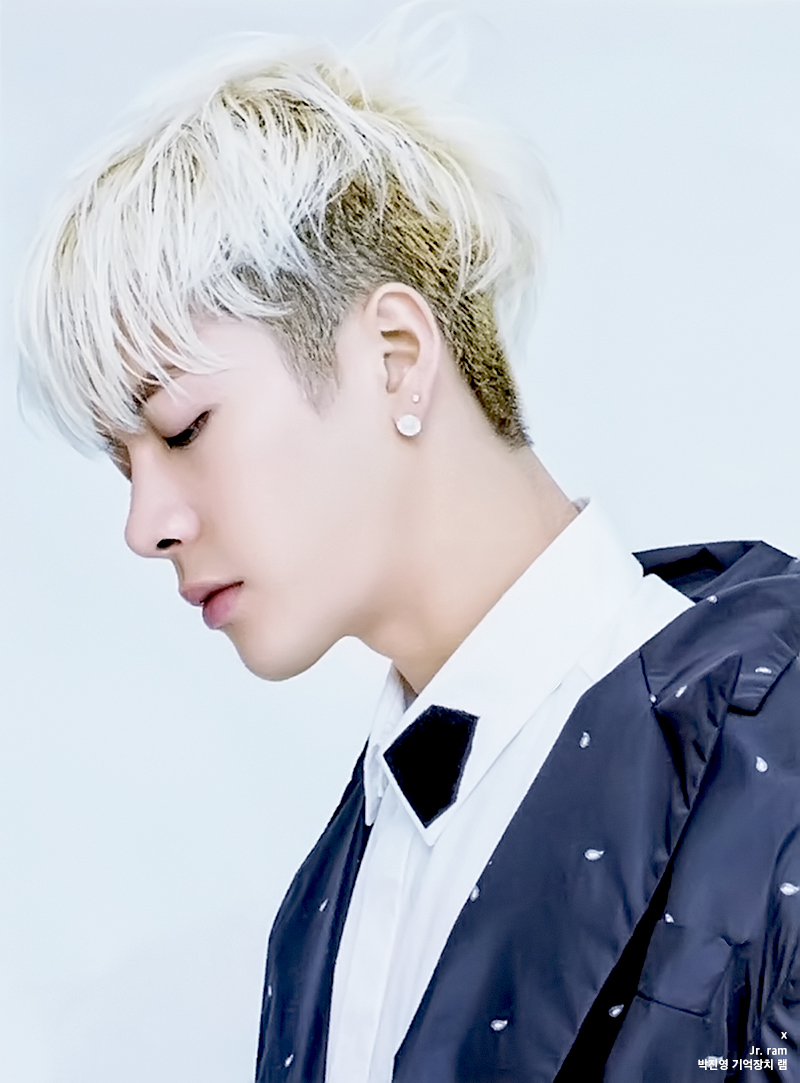 Got7 Jackson S Blonde Hair Kpop Korean Hair And Style