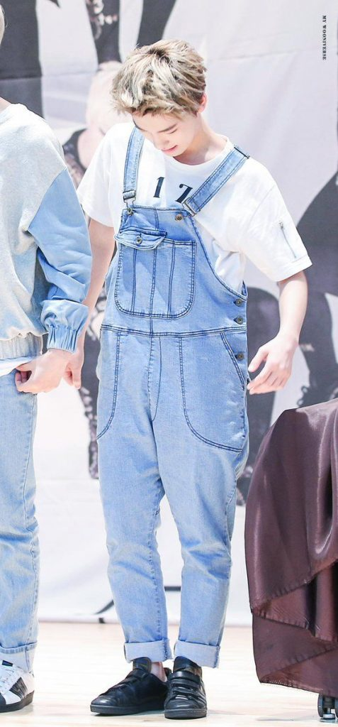 korea korean kpop idol boy band group seventeen's suspenders fashion dino lee chan long light denim suspender look outfit styles for guys kpopstuff