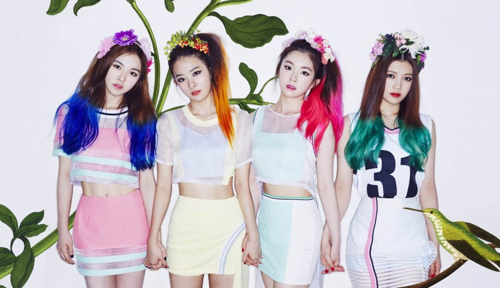 korea korean kpop idol girl band group red velvet's skirt fashion looks happiness era sporty casual tennis skirt looks outfits for girls kpopstuff