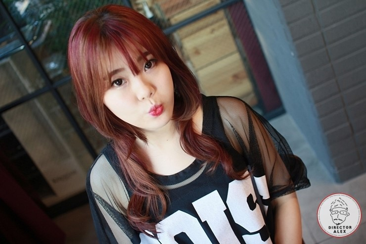 korea korean kpop idol girl group band kdrama actress trending fiery red bold two block haircut wavy permed hair haristyles for girls kpopstuff